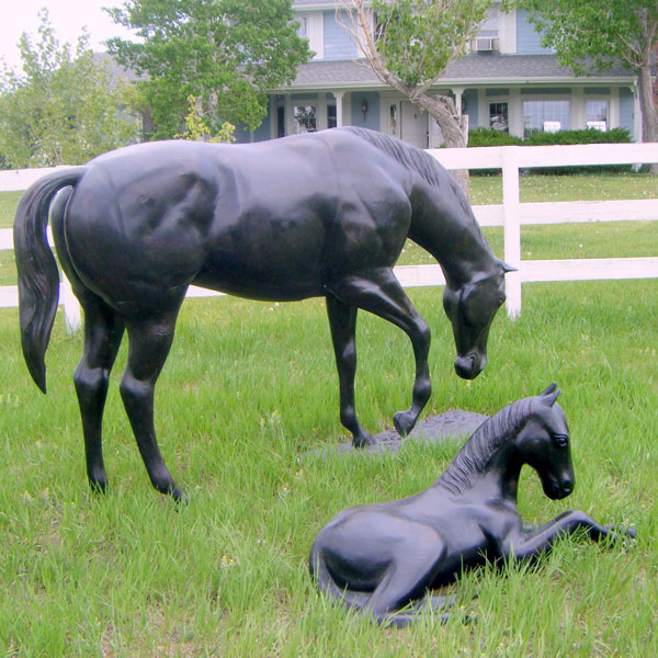Pair of black grazing mother horse with little foal bronze statues for backyard outdoor