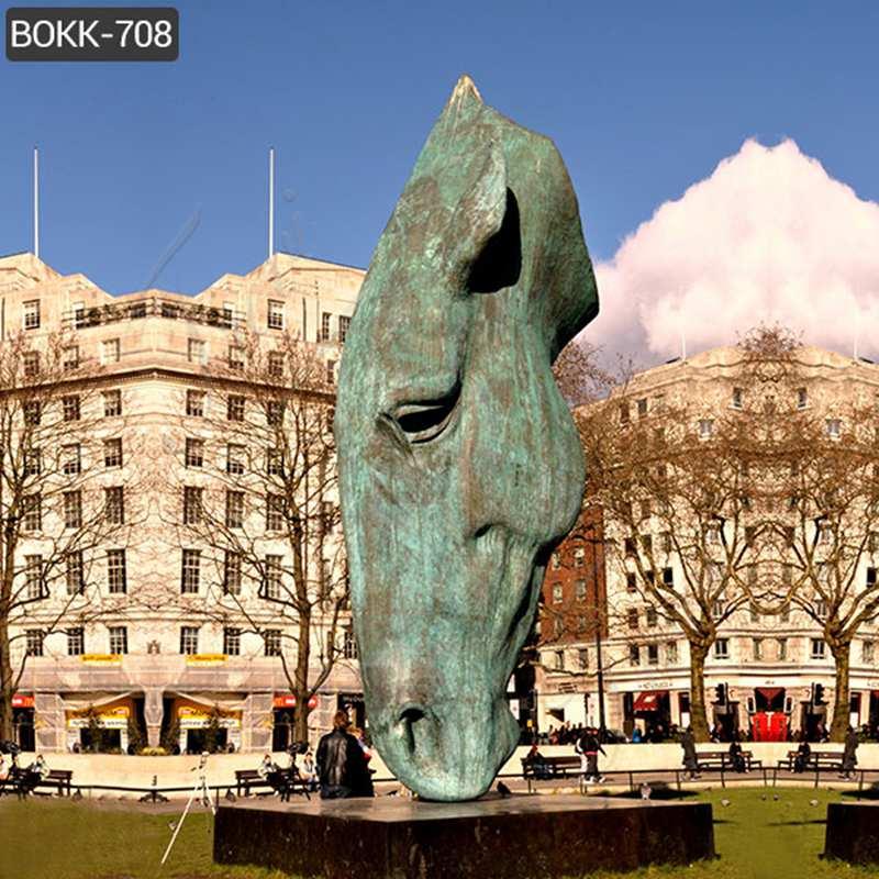 horse head garden statues